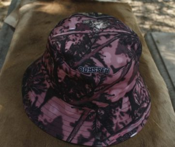 Bucket Hat: Camo Olifant Pink